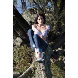 GG113 Nicole 03