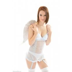 GG Amy 03