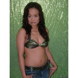 Stephanie 01